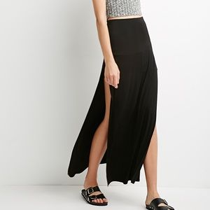 Forever 21 | Black | Maxi | Skirt | With two slits